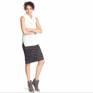 Vince Camuto Knitted Jacquard Black Pencil Skirt